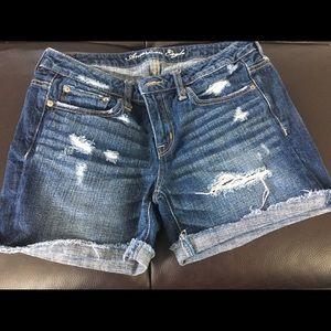 American Eagle dark wash jean shorts size 4.